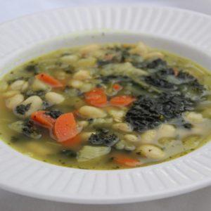 soep met witte bonen en cavolo nero